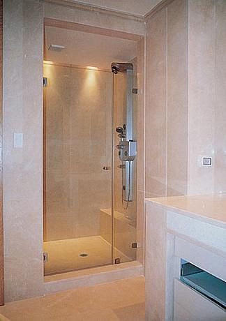 מקלחון חזית דלת+קבו